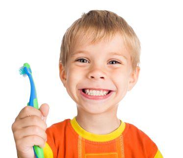 bambino-denti-spazzolino